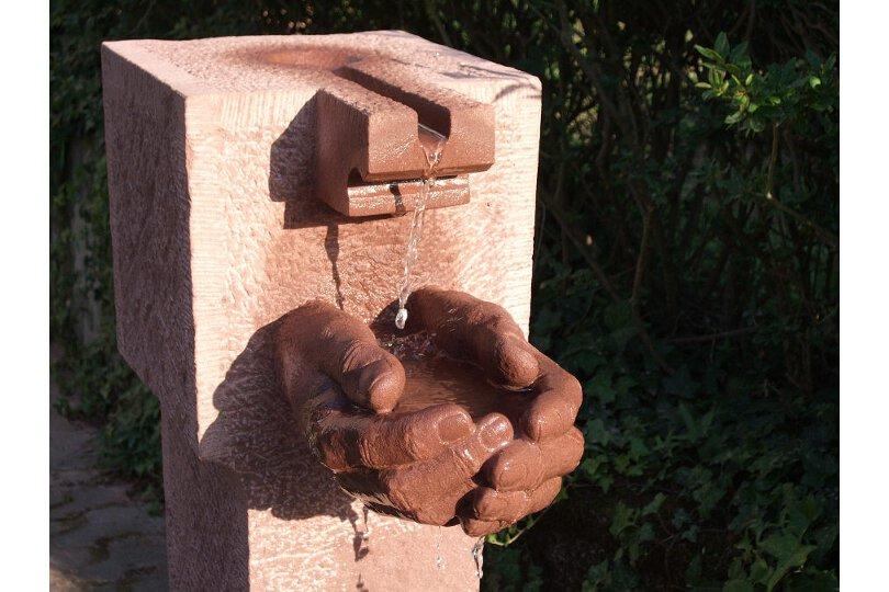 haendebrunnen1